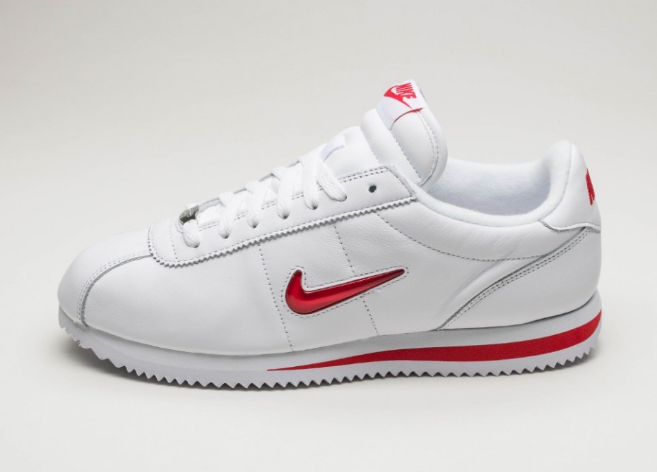 db0717880a0be3 Мужские кроссовки Nike Cortez Basic Jewel QS TZ (White   University Red)