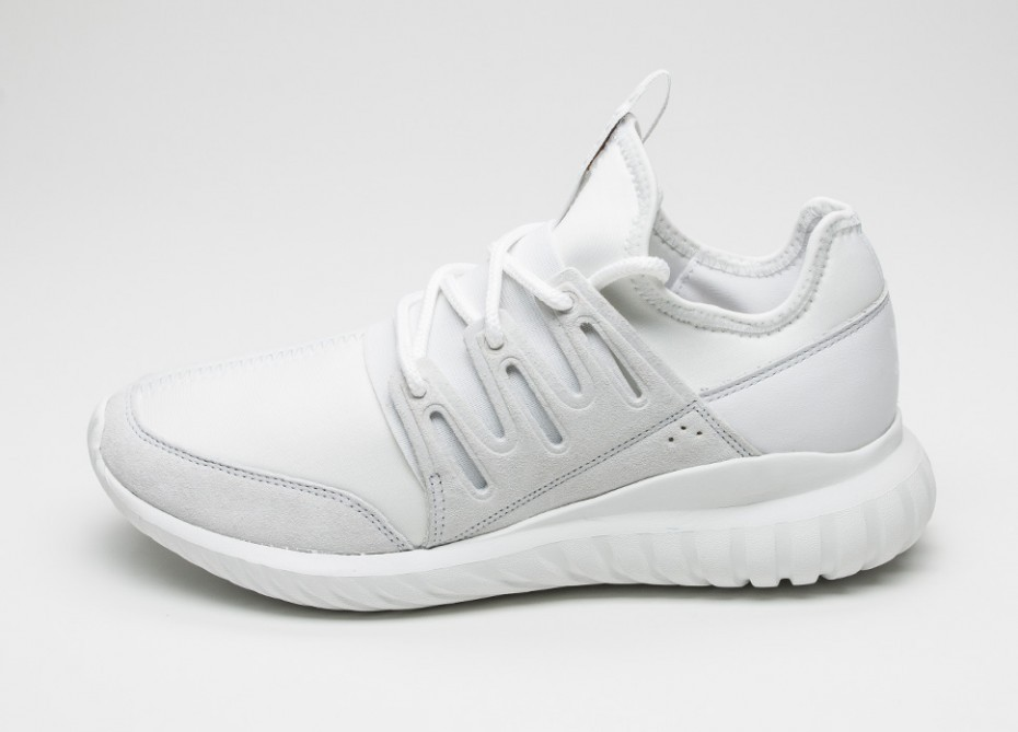 finest selection ddaef 63e4a Мужские кроссовки adidas Tubular Radial (Crystal White  Crystal White  Crystal  White)